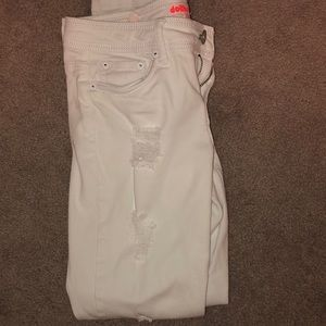 Dollhouse Pants - White ripped capris